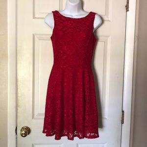 🌹SPEECHLESS🌹 Pretty red sparkly lace dress